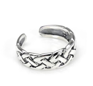 Sterling Silver Celtic Knot Toe Ring - £5.00