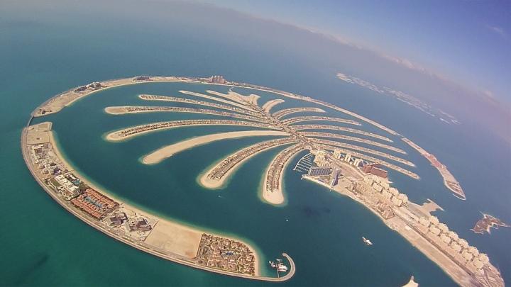 Dubai_Wingsuit_Flying_Trip_(7623566780).jpg